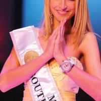 Miss SA 2011/12 Melinda Bam