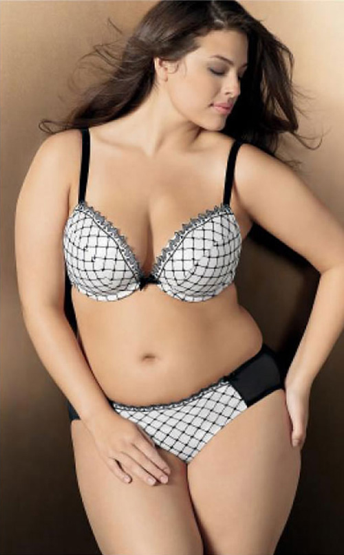 Plus size lingerie models 1