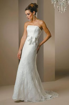 Best Wedding Dress Styles For Petite Brides 90