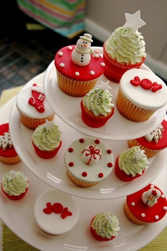 Christmas Cupcakes On Pinterest Pout Perfection