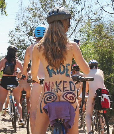 naked bike riding
