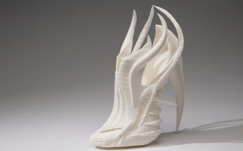 Exoskeleton shoe by Janina Alleyne