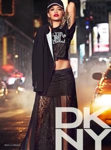 DKNY RESORT 01