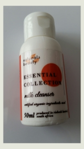 Naturals Beauty Essential Collection Milk Cleanser